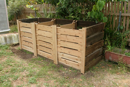Three bay hot compost system